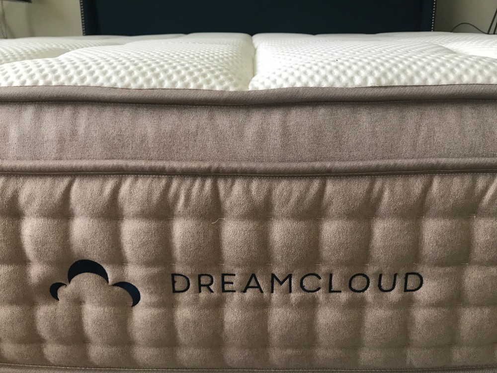 DreamCloud Mattress : Reviewed & Rated…Plus 2019 Coupons