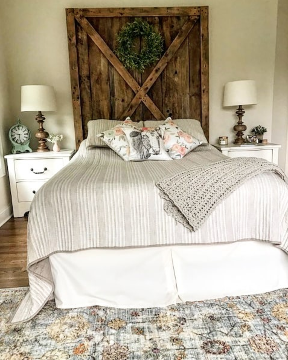 Rustic Bedroom Ideas : Farmhouse Inspiration for a Homey Feel